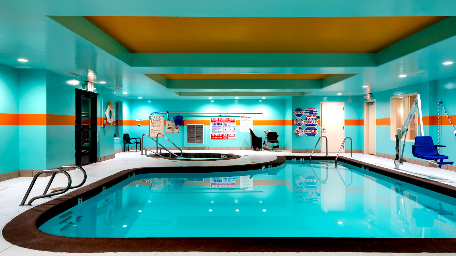 Pool, indoor, Hotel, Lathrop, California