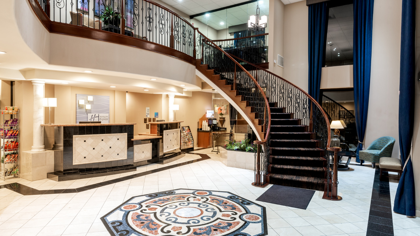 Lathrop, California, hotel, Lobby